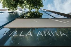 villa-anna-lignano-sabbiadoro-esterno-scritta